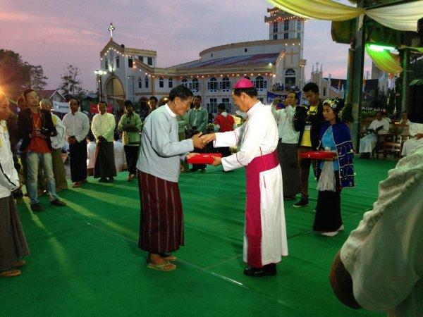 Chiesa di Loikaw-11
