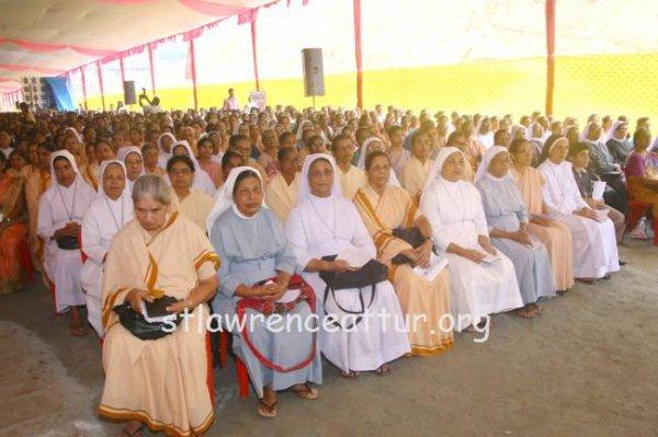 Karnataka, il santuario di san Lorenzo elevato a basilica minore-6