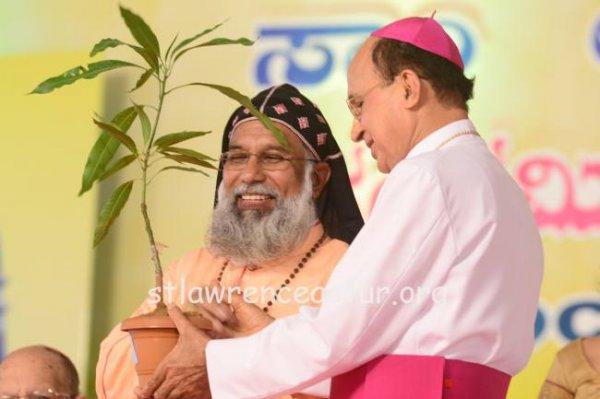 Karnataka, il santuario di san Lorenzo elevato a basilica minore-14