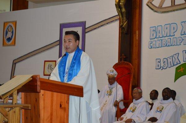La prima messa di don Giuseppe Enkh-Baatar-3