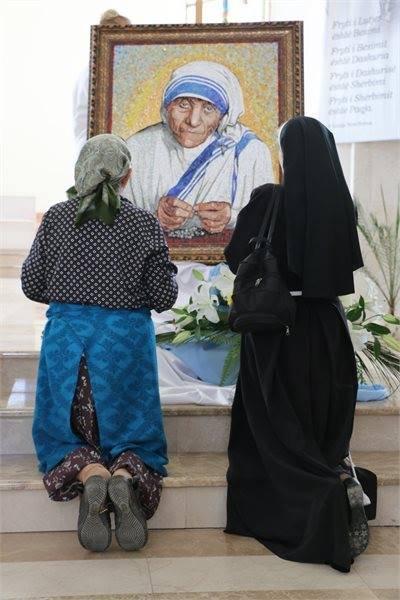 Cattedrale di Madre Teresa a Pristina-3