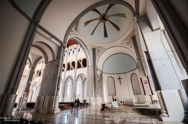 Cattedrale di Madre Teresa a Pristina-11