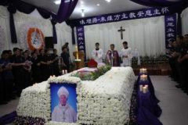 Funerali del vescovo di Wenzhou-2
