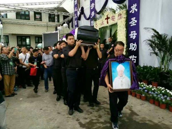 Funerali del vescovo di Wenzhou-4
