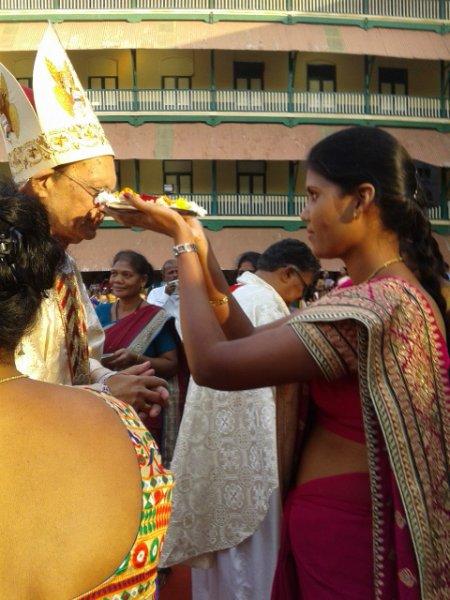 Il card. Gracias celebra il giubileo dei migranti tribali-5