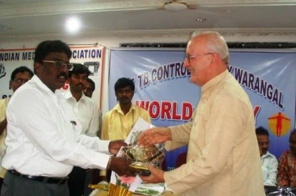 La missione di p. Antonio Grugni tra i malati di tubercolosi e lebbra in India-3