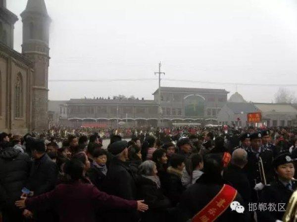 Handan: 10mila persone per la chiusura del Giubileo-4
