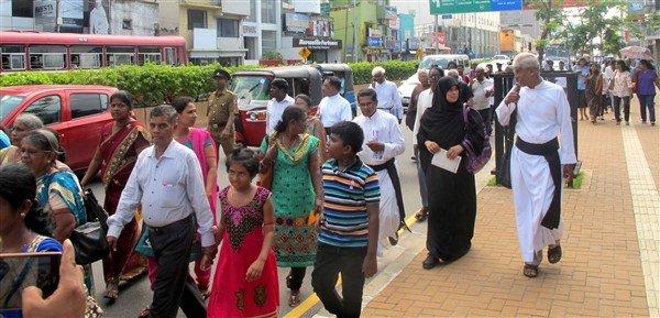Raccolta firme per il rilascio dei prigionieri politici in Sri Lanka-5