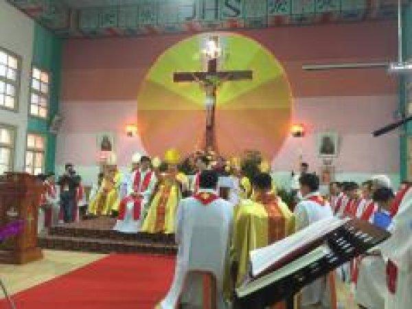 Mons. G.B. Wang Xiaoxun ordinato vescovo coadiutore di Ankang-3
