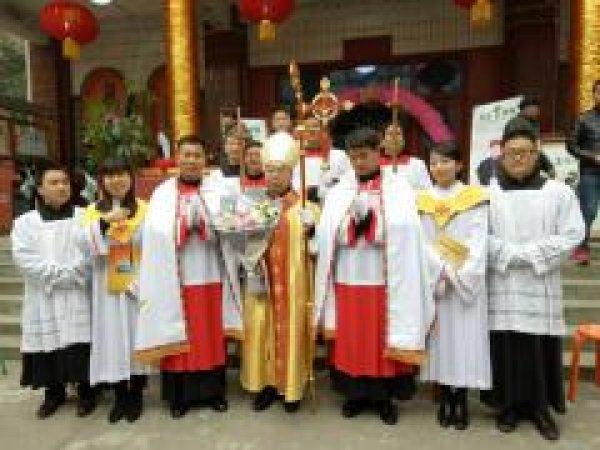 Mons. G.B. Wang Xiaoxun ordinato vescovo coadiutore di Ankang-6