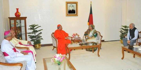 Il premier Hasina invita il papa in Bangladesh-1