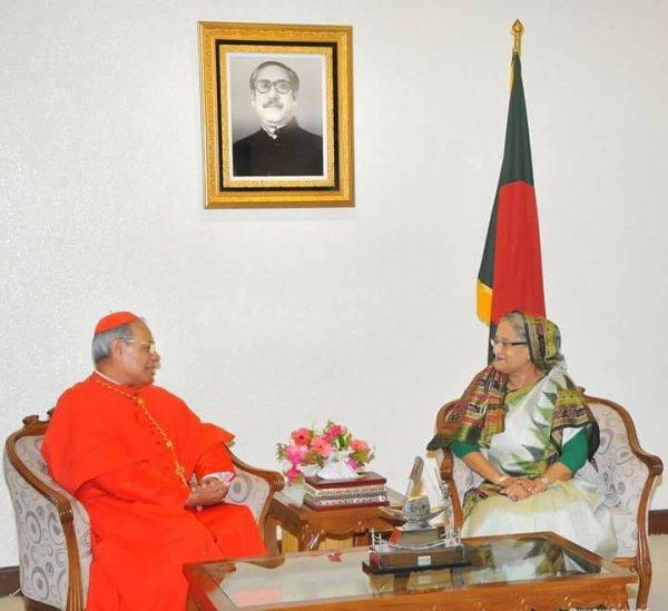Il premier Hasina invita il papa in Bangladesh-2