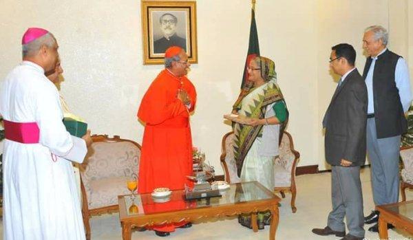 Il premier Hasina invita il papa in Bangladesh-3