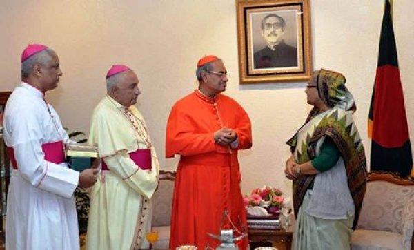 Il premier Hasina invita il papa in Bangladesh-4
