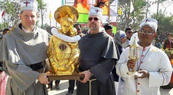 Reliquie di sant'Antonio da Padova in Bangladesh-1