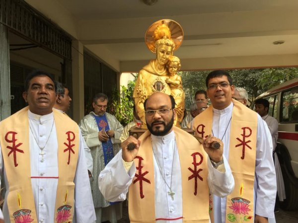 Reliquie di sant'Antonio da Padova in Bangladesh-3