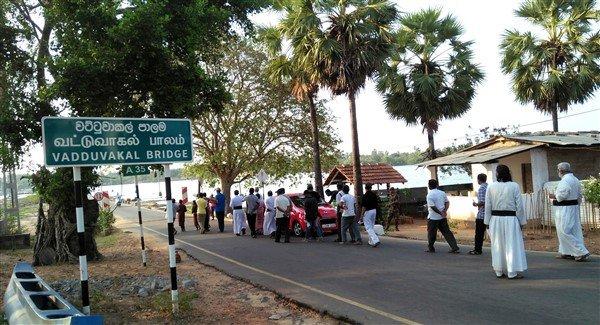 Via crucis in Sri Lanka-2