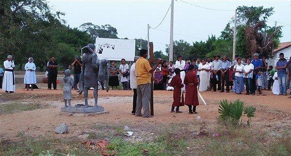 Via crucis in Sri Lanka-5