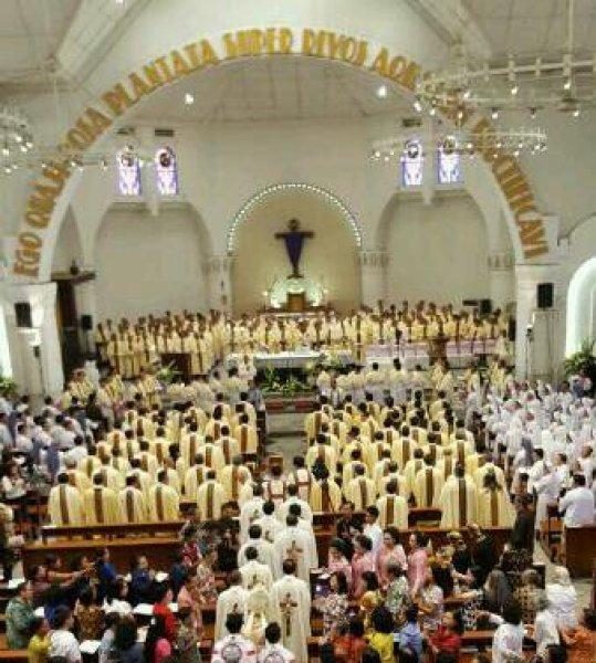 Messa del Crisma in Indonesia-2