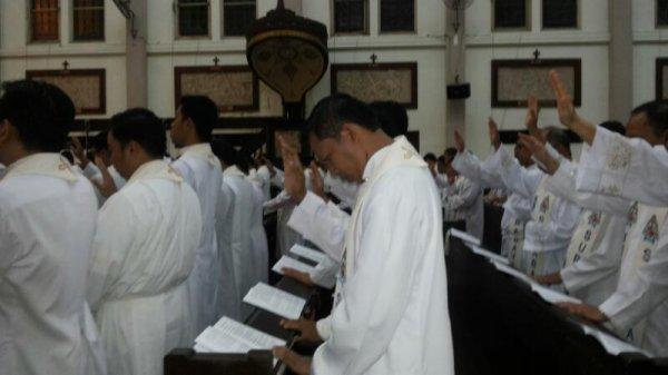 Messa del Crisma in Indonesia-4