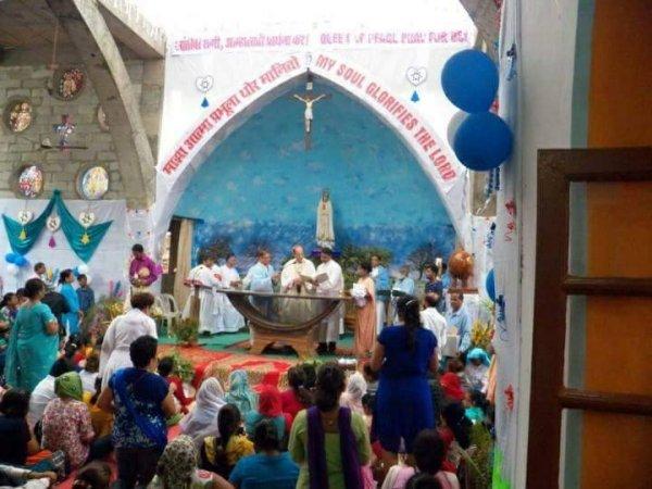 Centenario di Fatima nel santuario di Karjat in India-4