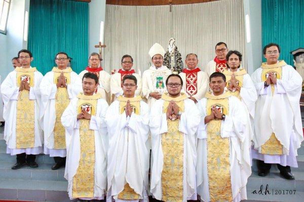 Ordinazioni in Indonesia, luglio 2017-5