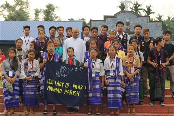 Arunachal Pradesh, 600 giovani pregano per la pace