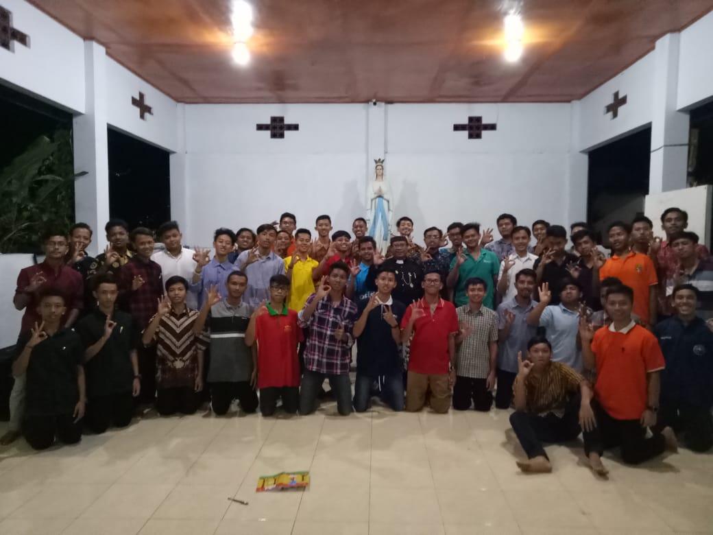 Marianum seminarians in Probolinggo, East Java