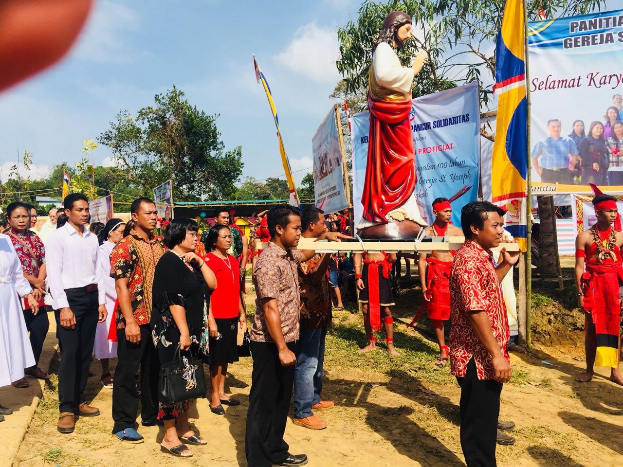 Ketapang in festa per i 100 anni della prima comunità cattolica