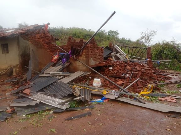 Relief for cyclone-hit Maharashtra