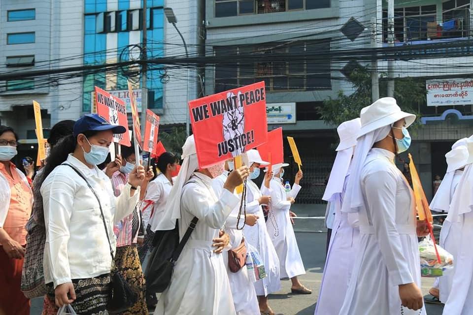 Myanmar: Catholic protests