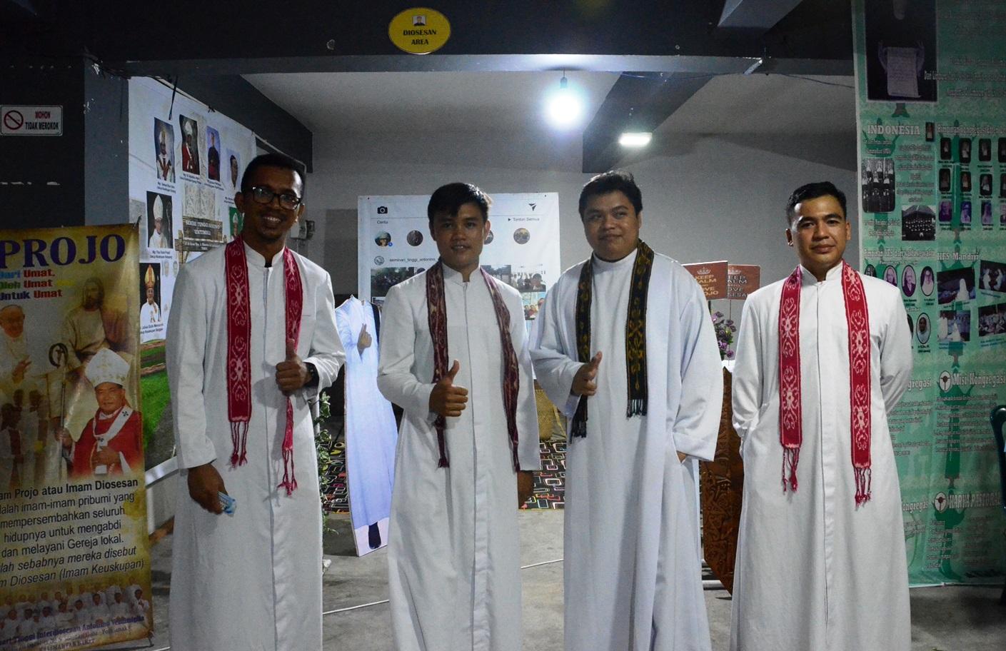 Parrocchia della Sacra Famiglia a Kota Baru, Pontianak (West Kalimantan) 03