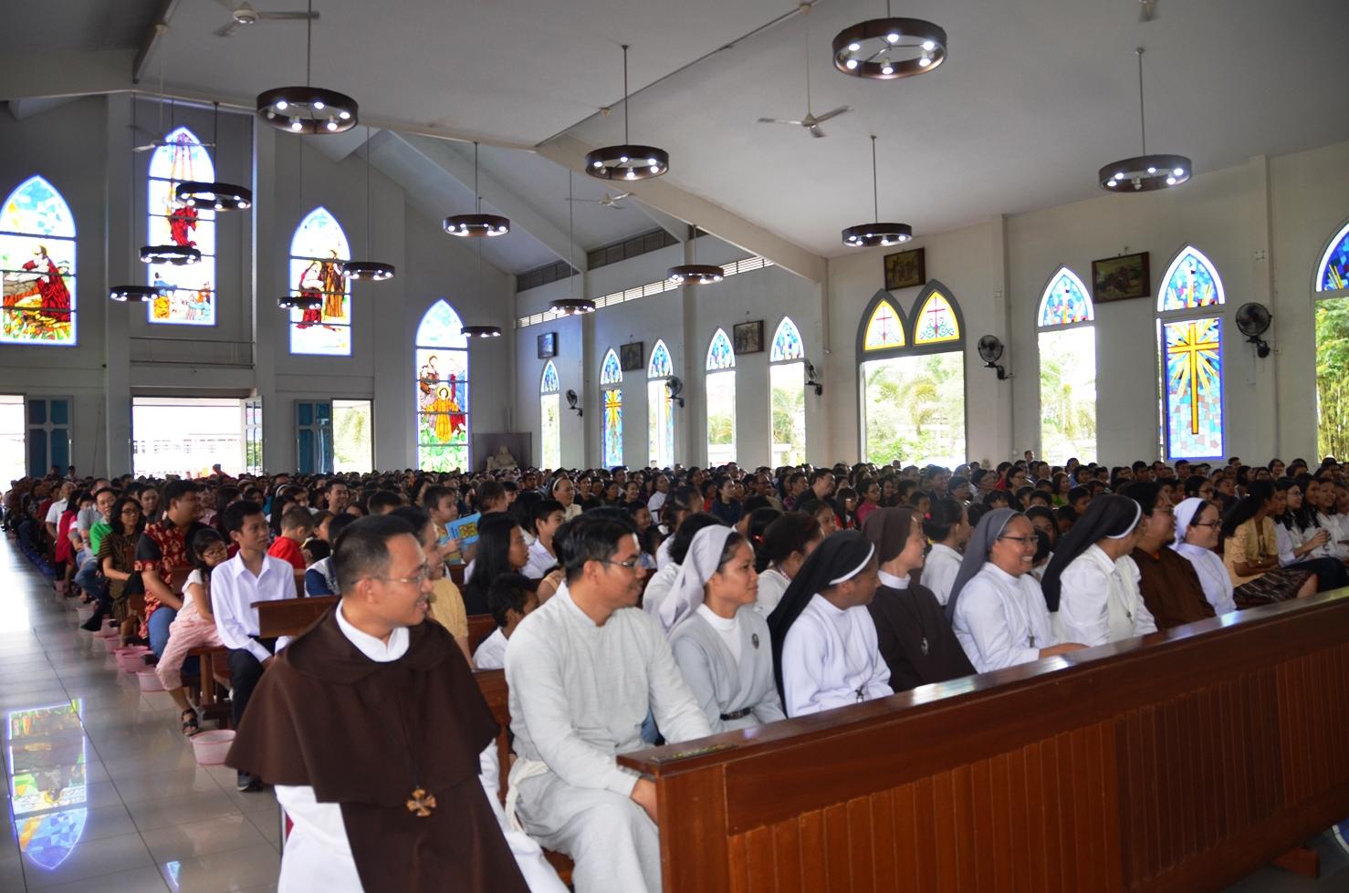 Parrocchia della Sacra Famiglia a Kota Baru, Pontianak (West Kalimantan) 09
