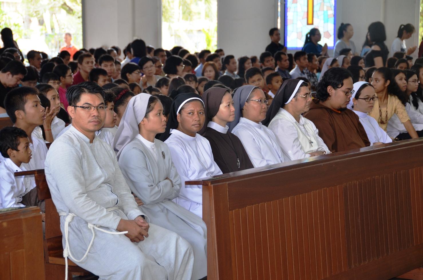 Parrocchia della Sacra Famiglia a Kota Baru, Pontianak (West Kalimantan) 10