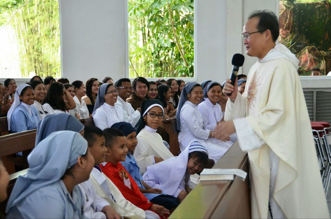 Parrocchia della Sacra Famiglia a Kota Baru, Pontianak (West Kalimantan) 14