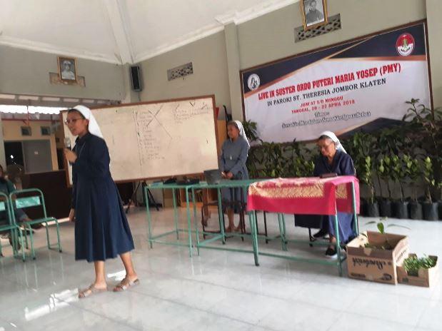 Parrocchia di St. Theresia Jombor di Klaten, Central Java 04