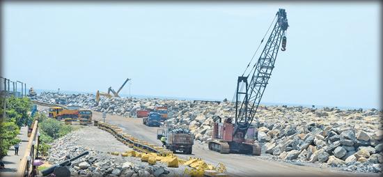 Città portuale di Colombo contraddice la Laudato Sì