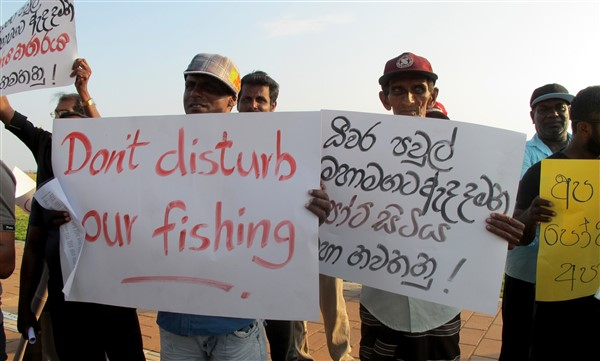 Fishermen against