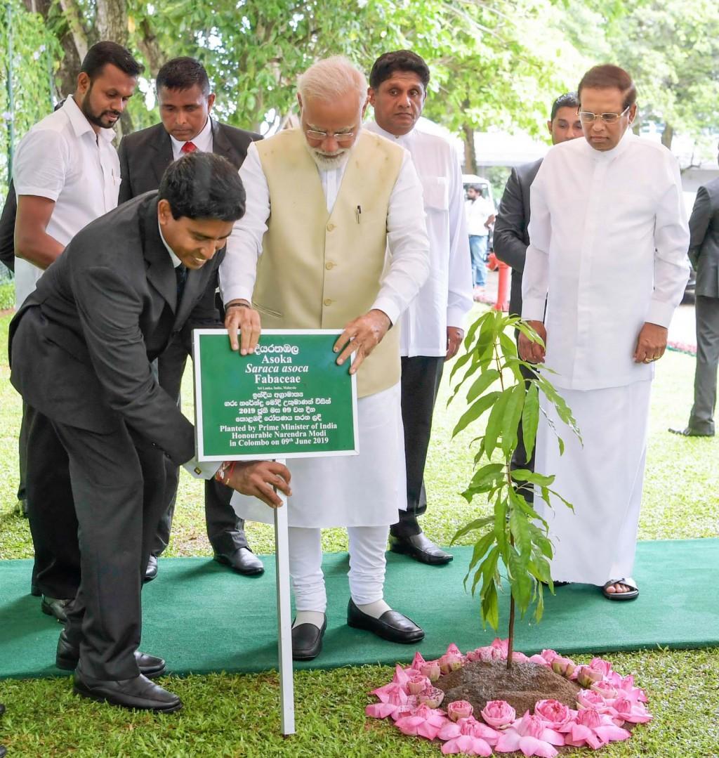 Modi visita lo Sri Lanka