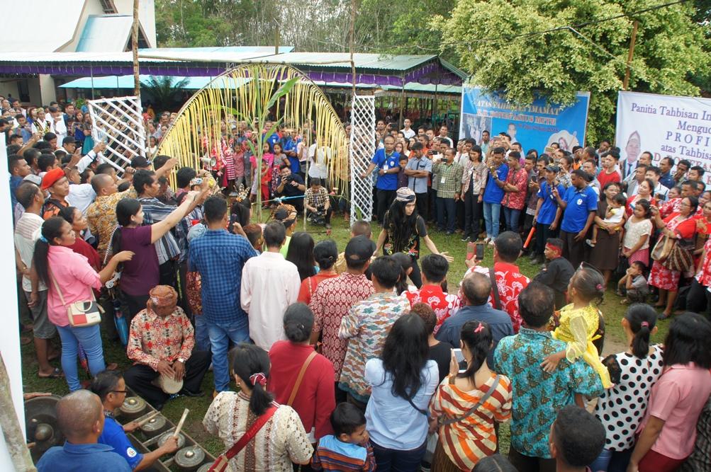Ordinazione sacerdotale a Air Upas, diocesi di Ketapang (West Kalimantan)