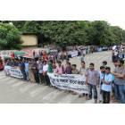 Dhaka, migliaia di studenti formano una catena umana contro il terrorismo-1