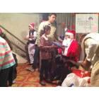 Pakistan, fondazione cattolica offre doni di Natale ai bambini poveri-5