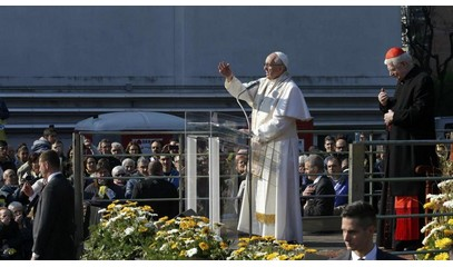 Pope in Milan: pastors must teach how to choose in a society that has many cultures