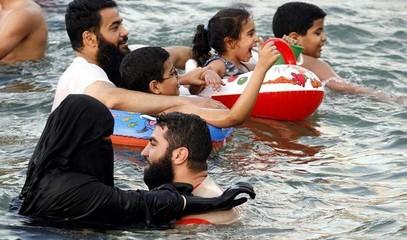 ARABIA_SAUDITA_-_muftì_e_vacanze.jpg