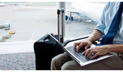 Emirates Airlines offers new service to offset ban on electronic devices in Mideast flights