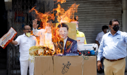 INDIA-Xi_in_fiamme.png