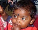 INDIA_(F)_1009_-_Madri_e_tasso_mortalità_infantile.jpg