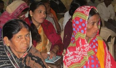 INDIA_-_0211_-_Solidarietà_1_(600_x_450).jpg