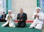 KAZAKISTAN_(F)_1015_-_Libertà_religiosa.jpg