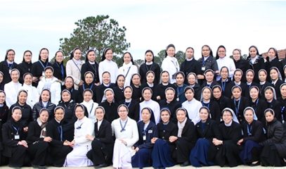 Hundreds of Vietnamese nuns in the USA to complete their studies
